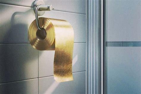 Buying toilet paper online jpg 1536x1024