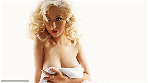 christina aguilera nude pregnant pics jpg 1600x900